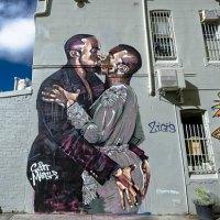 Kanye Loves Kanye mural removed by original painter for $100,000